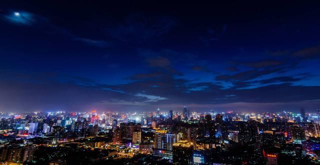 夜晚的武汉更加美丽,越来越有国际范