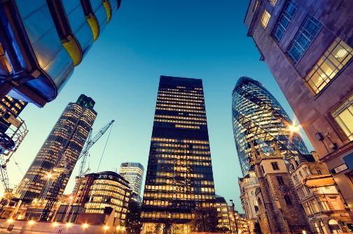 危险信号:政策高频率出台,房产真的不行了吗?