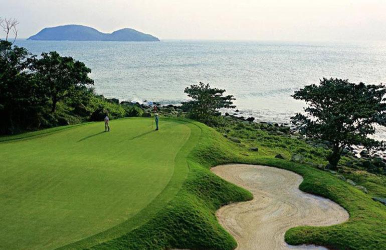 金泰南燕湾 配套图:高尔夫球场