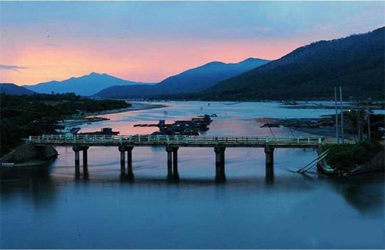 隆源神州半岛 海湾