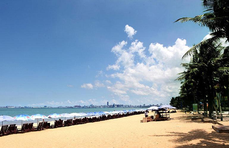 星华海岸城 周边配套:海口假日海滩