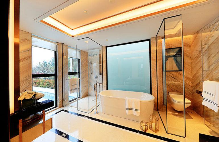 海棠华著 浴室