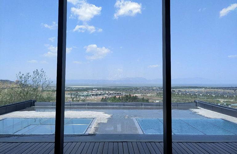 绿地滇池国际健康城 售楼处露台实景图