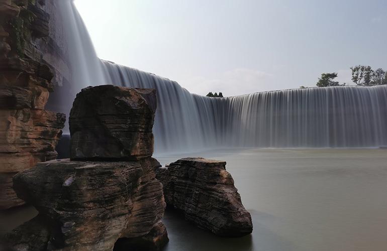 汉华天马山国际温泉度假区 瀑布公园