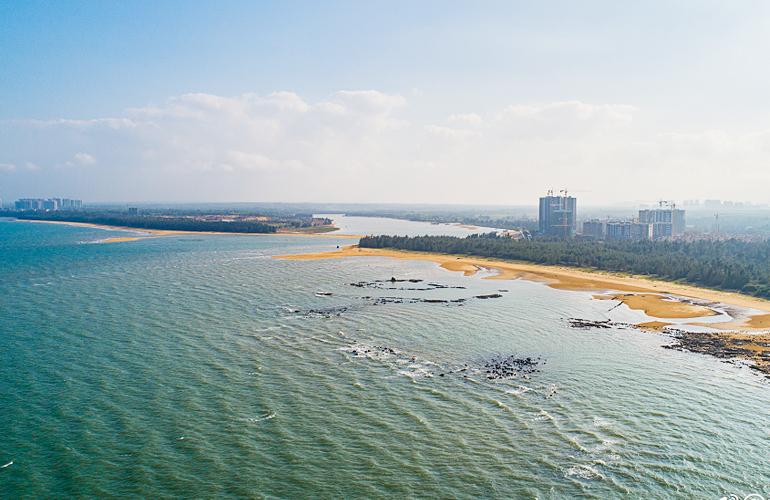 富力悦海湾 滨海浴场
