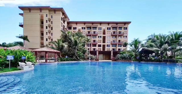 万宁宝安兴隆椰林湾纯板式通透住宅正在热售,精装修均价16000元/㎡