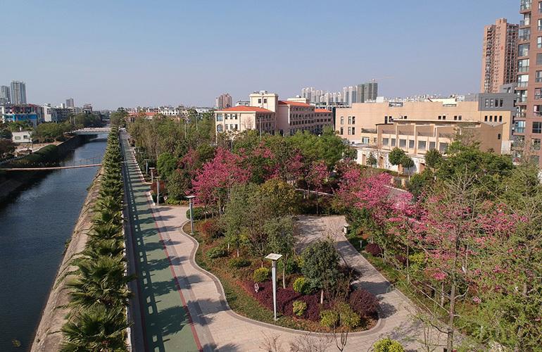 麒麟嘉园2期 临江公园
