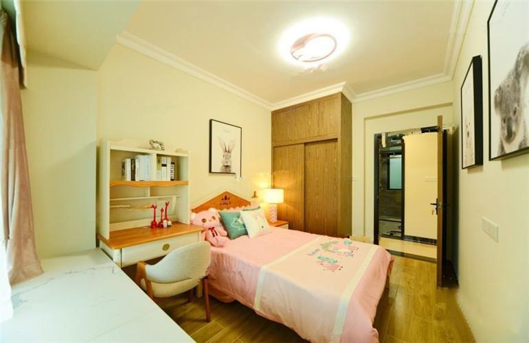 现代文苑 卧室