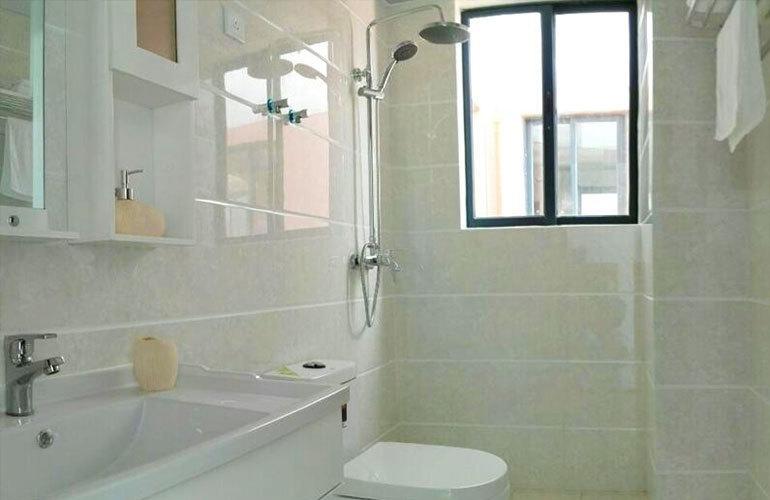 龙栖湾温泉1号 浴室