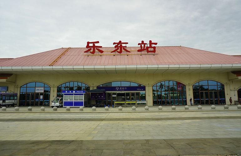 山海湾五期三区 高铁站
