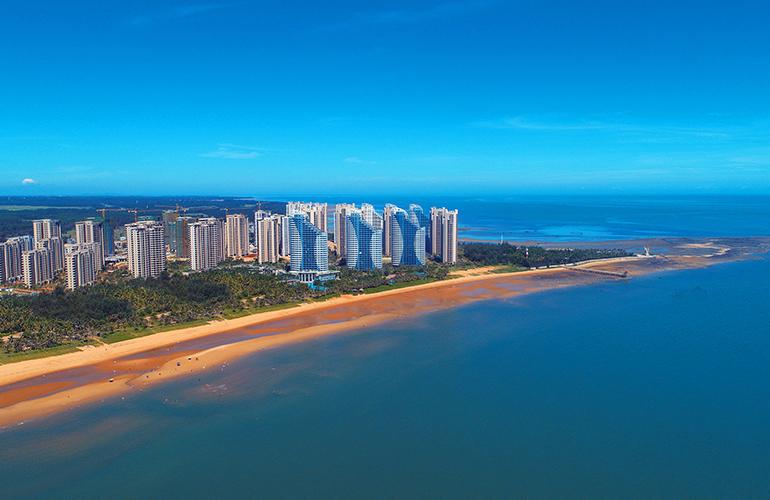 临高长岛蓝湾一线海景房在售,均价11000元/㎡