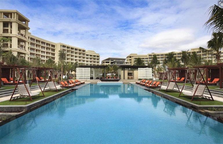 三亚佳兆业海棠伴山康养度假社区洋房与别墅在售,均价32000元/㎡