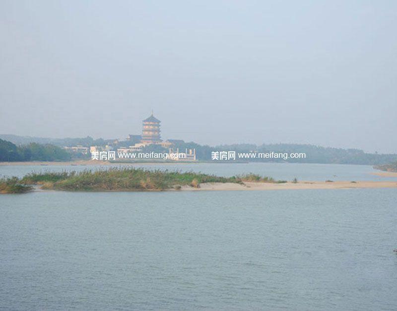 山海和湾 周边配套:禅寺远景