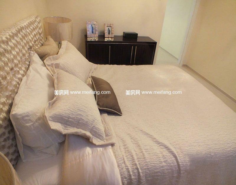 万宁国瑞城 9号楼C户型2房1厅1厨1卫72㎡样板间:卧室