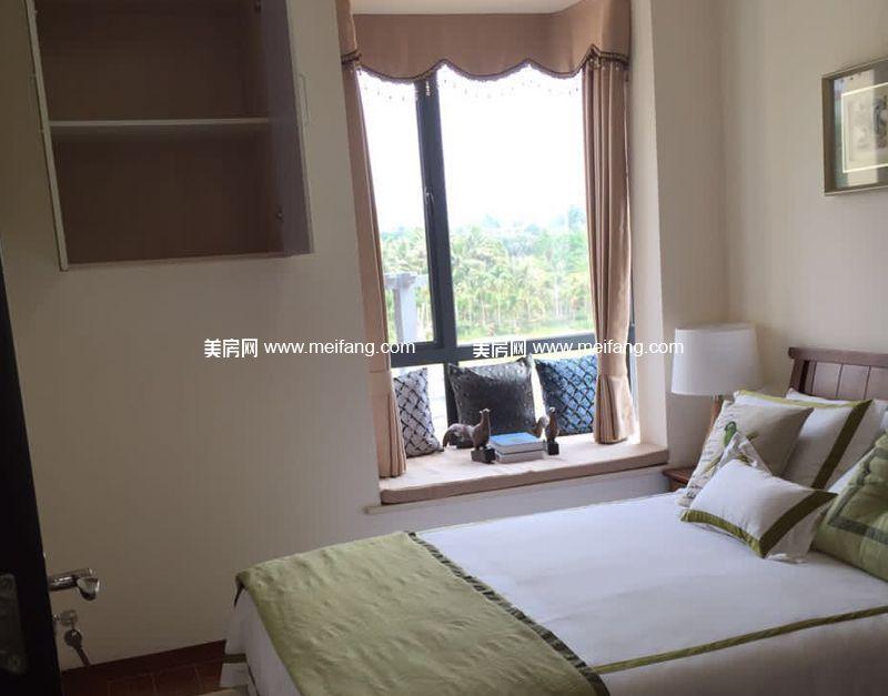 龙憩园中园 C1户型样板间:卧室