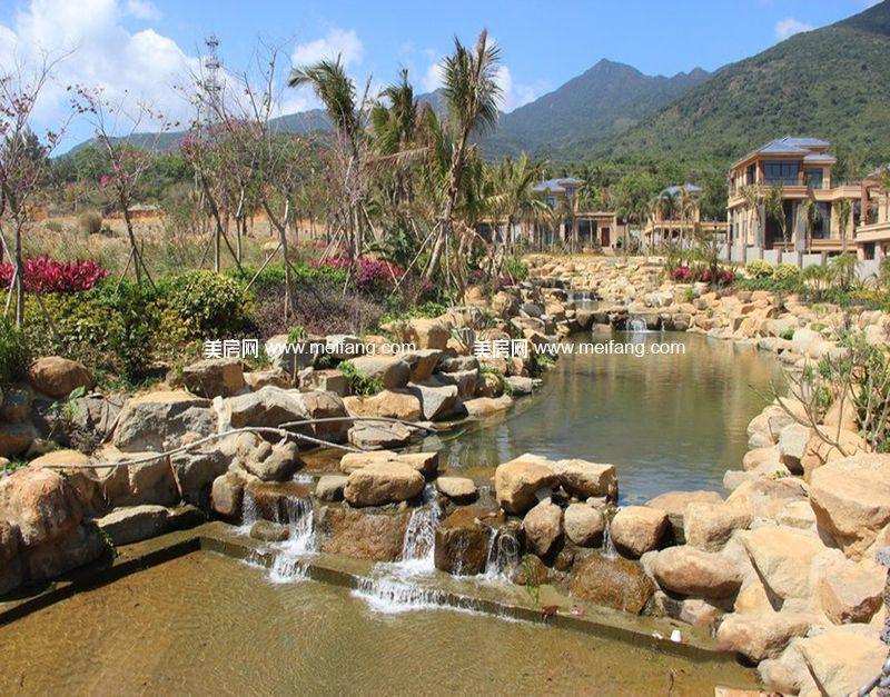 小区内水景实景图