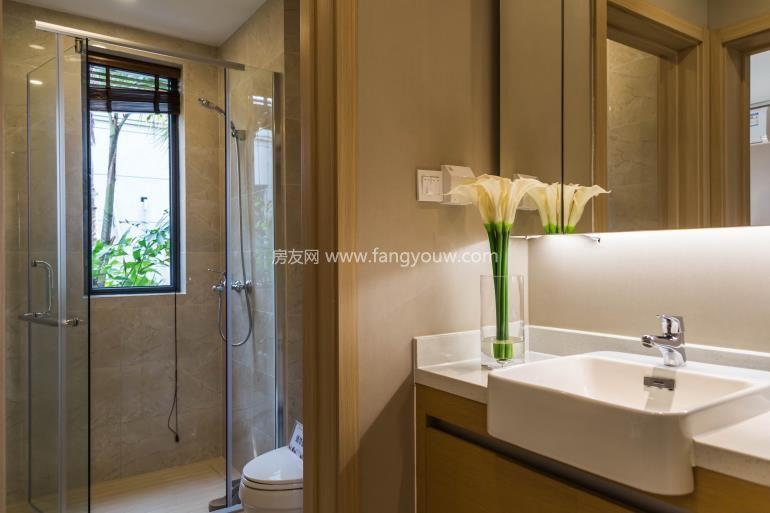 环球100宝龙城 样板间:厕所