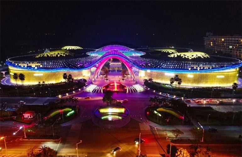 新华联奥林匹克花园 三亚国际免税店