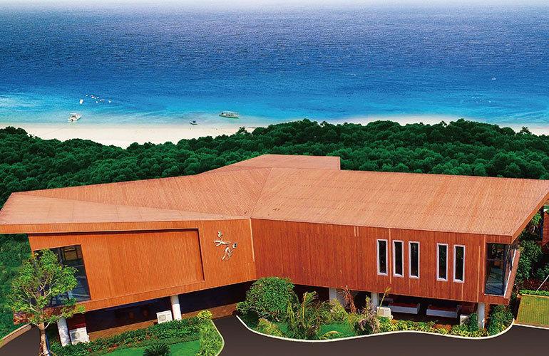 富力月亮湾海尚公寓 海边树屋